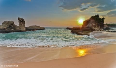 Sunset_Pantai-klayar