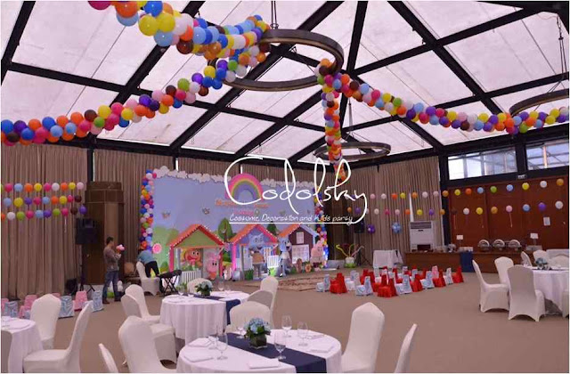 Dekorasi balon dan backdrop panggung kids birthday party ulang tahun anak tema gumbal cartoon network.