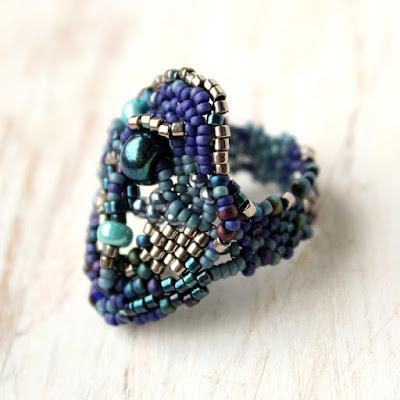 оригинальное кольцо синие крупное купить эксклюзивные кольца