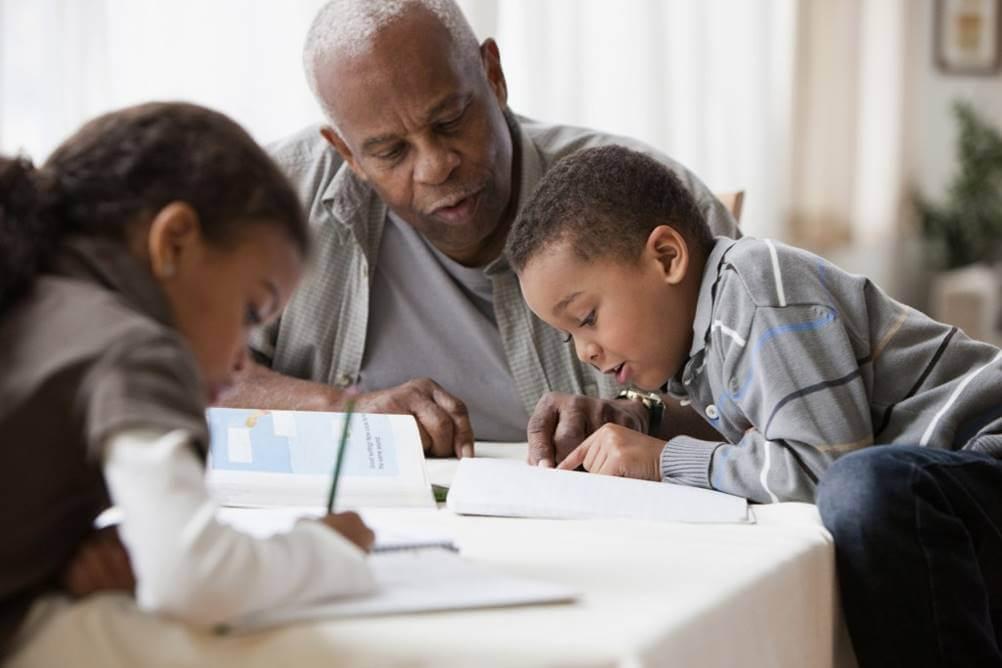 Avós na Criação dos Netos - Ajuda na educação
