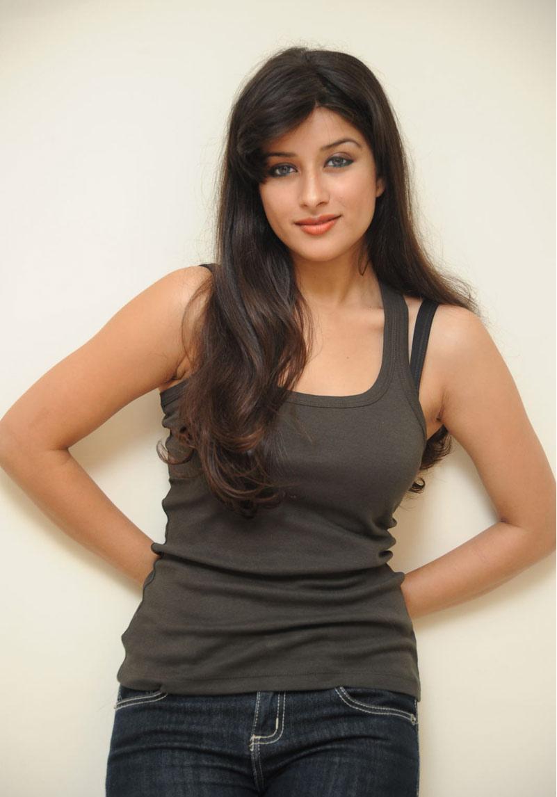 Madhurima New Hot Photo Shoot