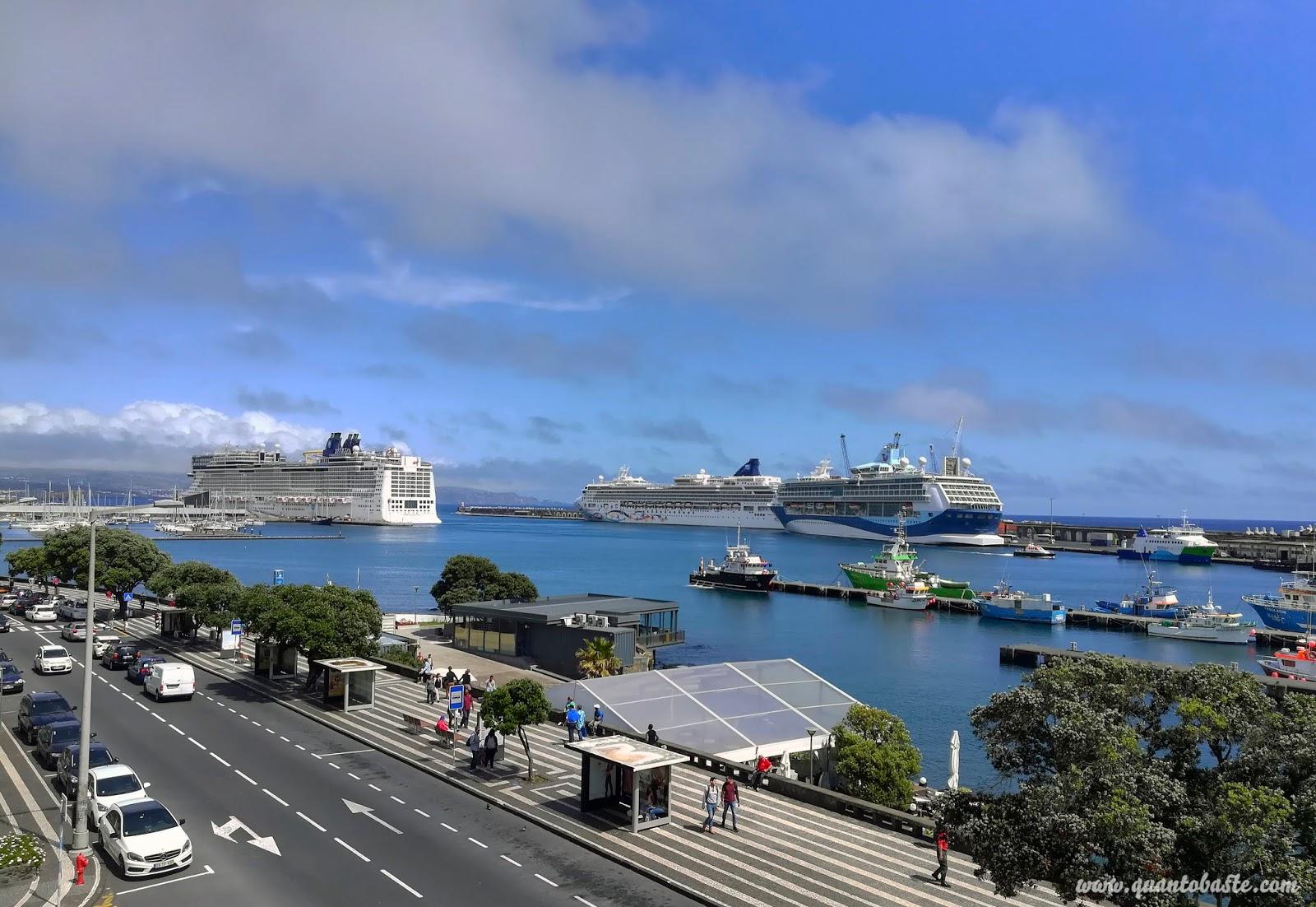 Porto de Ponta Delgada - São Miguel - Açores