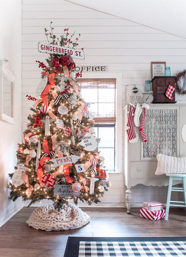 red and white cottage Christmas tree