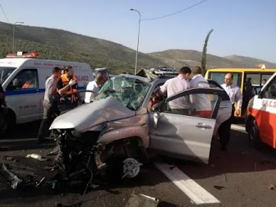 إصابة 11 شخصًا بينهما 3 أطفال في حادث سير على الطريق الصحراوي الشرقي في أخميم بسوهاج