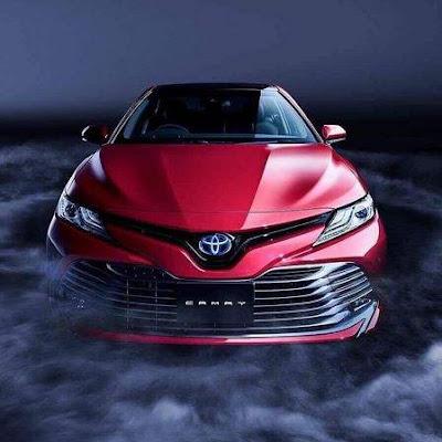 トヨタ新型カムリ 試乗 フロントマスク画像