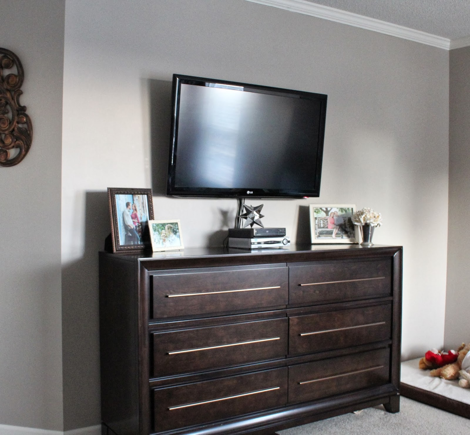 Dresser With Tv Mount