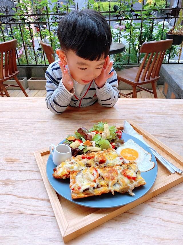和孩子一起好好吃飯