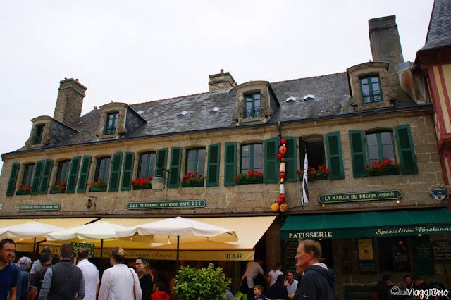 Uno degli edifici tipici di Concarneau