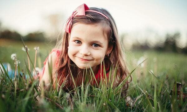 Με βάση τις ηθικές αξίες που θα διδαχθεί ένα παιδί από την οικογένειά του, αναμένεται να διαμορφώσει το χαρακτήρα του. Γι΄αυτό είναι καθοριστικός ο ρόλος του οικογενειακού περιβάλλοντος.