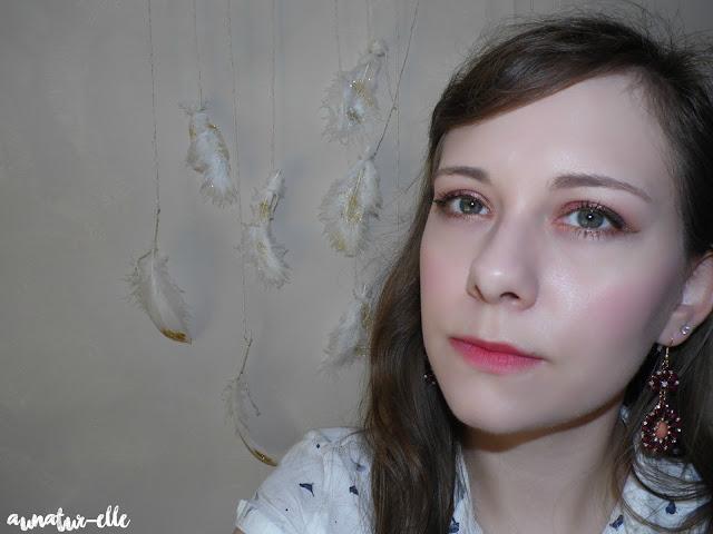 maquillage des yeux prune