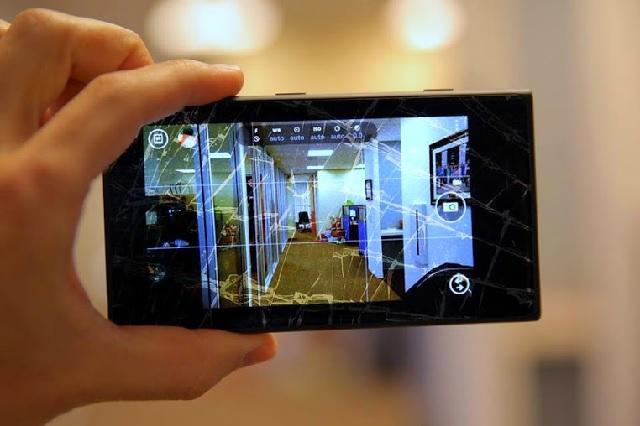 Thay thế mặt kính Nokia Lumia 630