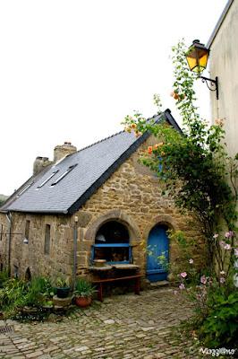 Una delle tipiche case del villaggio di Pont Croix