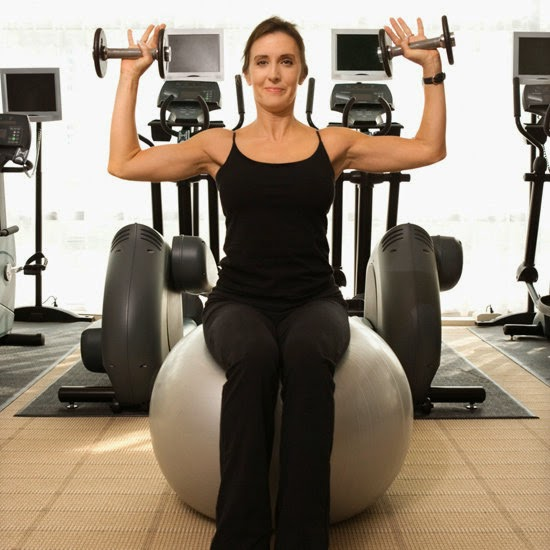Balance Ball For Weight Loss: Top 31 Best Exercises For Weight Loss