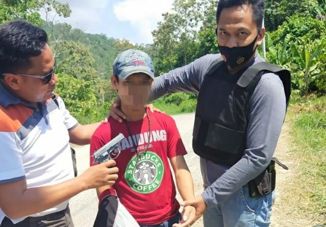 Pelaku Pungli Bersenjata Pistol Replika Ditangkap Polsek Pugung Saat Beraksi di Tanjakan Gayau