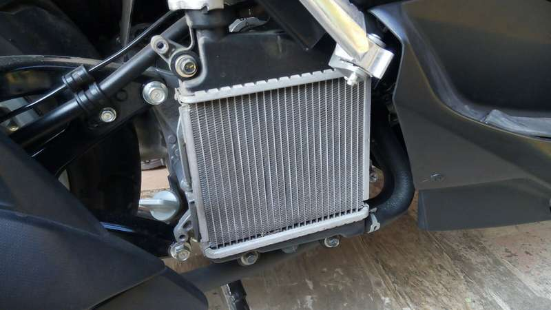 foto radiator nmax