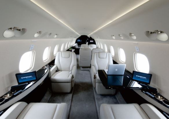 Embraer Legacy 650 interior