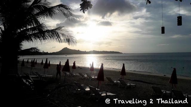 Sunset while having breakfast at the Weekender Resort, Koh Samui - Thailand