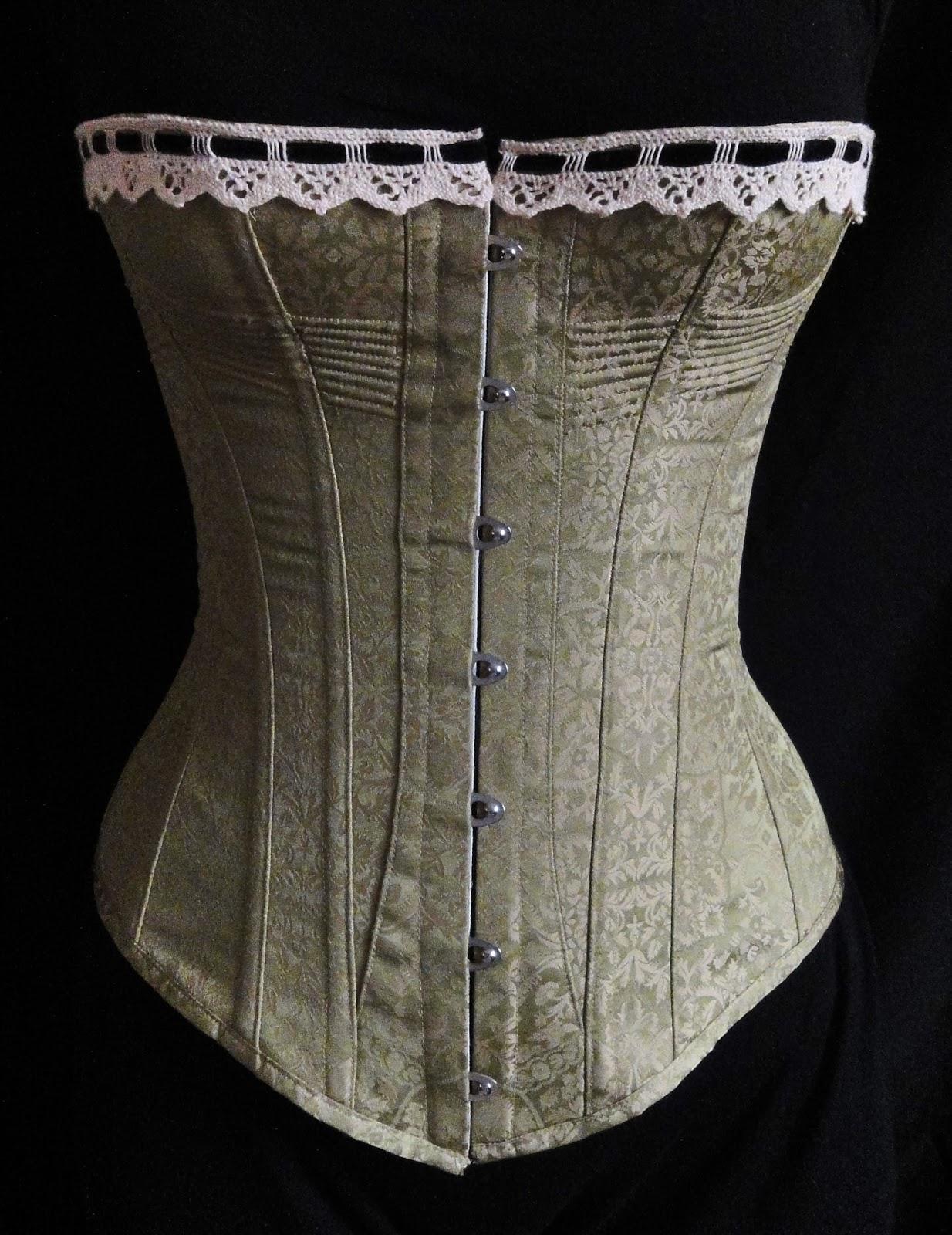 422f0118ba7 Festive Attyre  a natural form corset