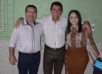 Cantor Chagas Sobrinho vem a Grossos e sofre crise de amnésia