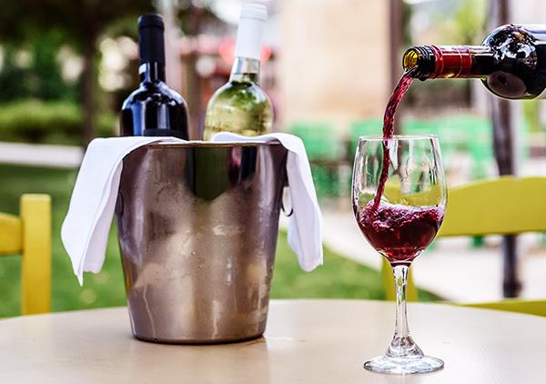 Γευσιγνωσία Κρασιού στο Ναύπλιο με τη Γιοβάννα Λύκου