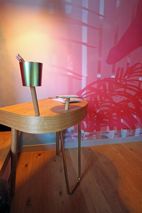 Designer-Schreibtisch im 25hours Langstrasse Zürich