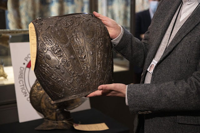 Louvre recovers 16th-century armour, four decades after theft