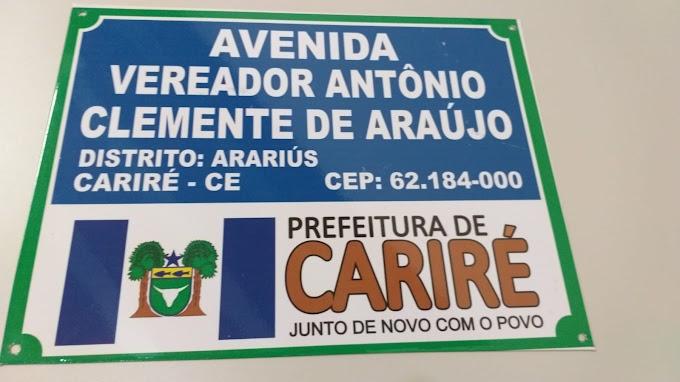 Logradouros públicos de Arariús recebem placas de identificação pela primeira vez em sua história