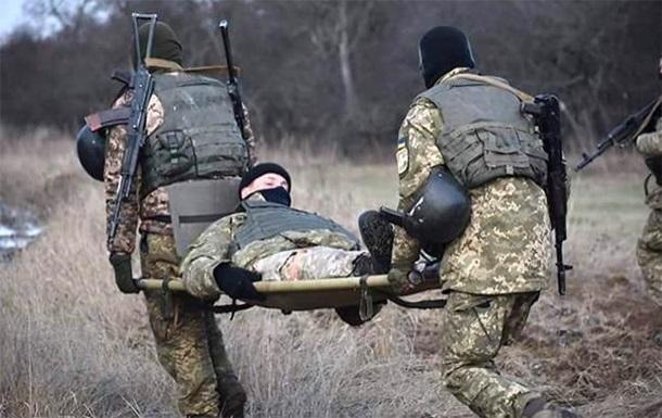 ООС: один військовий поранений, один помер від ран