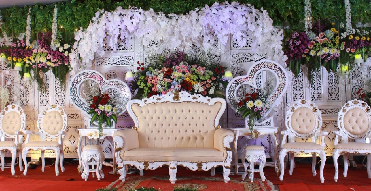 41 Ide Dekorasi Pernikahan Di Rumah Yang Sederhana Tapi Mewah