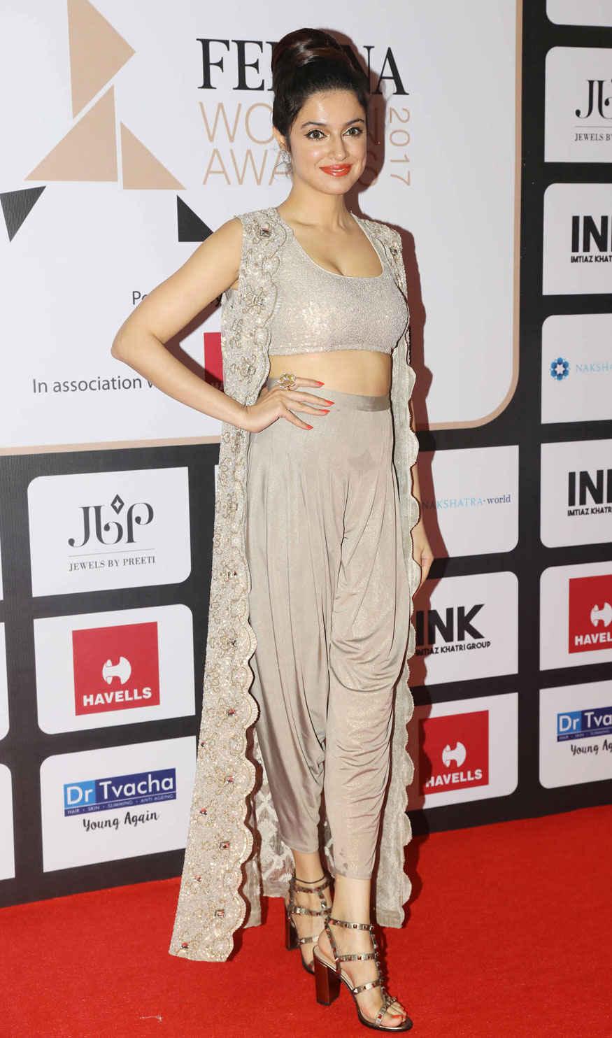 Bollywood Celebs Attend Femina Women Awards 2017 Photo Gallery