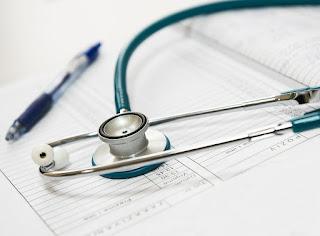 Negligencias médicas y responsabilidad civil, penal y administrativa