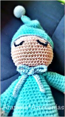 Muñeco amigurumi de apego