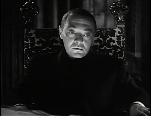 The beast with five fingers (1946) / Peter Lorre en una secuencia de la película.