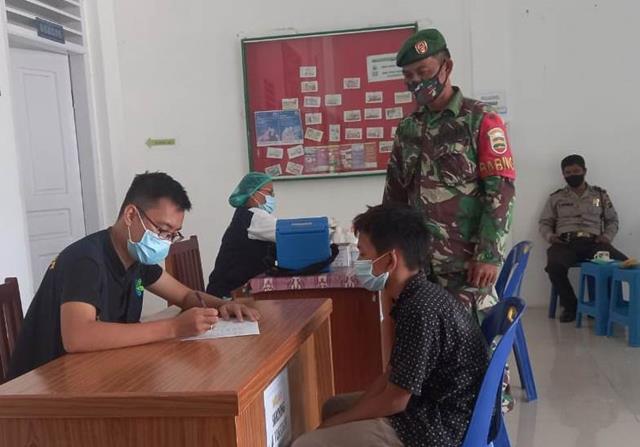 Dengan Cara Komsos Personel Jajaran Kodim 0207/Simalungun Laksanakan Sosialisasi Pentingnya Pakai Masker