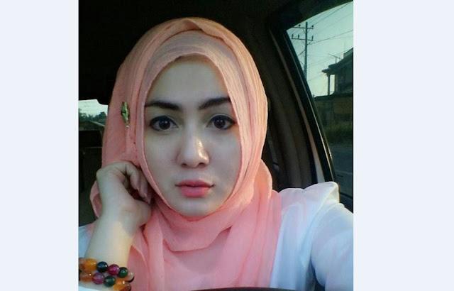 """Awalnya Selfie Pake Hijab, Akhirnya Tanpa Busana """"NOMOR 6 PALING GREGET"""