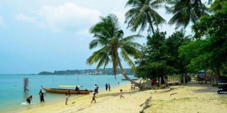Keindahan Wisata Pantai Nongsa Batam Kepulauan Riau