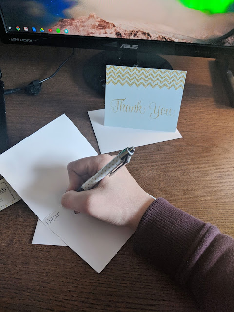 Snail Mail and hand written letters are almost extinct these days. It's so much more convenient to send an email or text. But I believe there is still a lot of value in hand written thank you notes. They mean so much more and they're fun to write. Especially when you have super cute cards from The Invite Lady!
