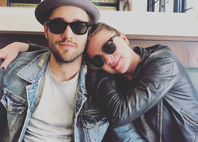 Emily Van Camp & Josh Bowman