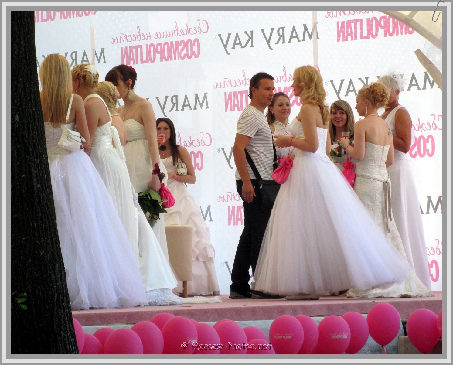 Moscow Runaway Brides and Pink Balls