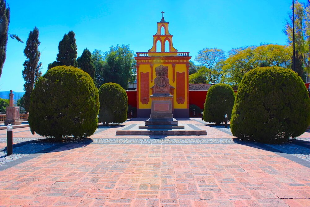 queretaro mausoleum park