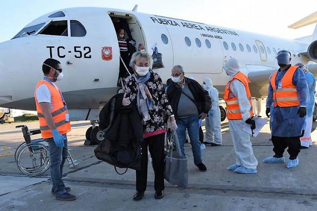 Más de dos mil argentinos retornarán al país en nueve vuelos coordinados por Cancillería