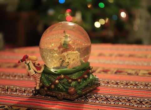 Zakazane święta, chleb Yule i wróżenie z jajek czyli czego nie wiecie o Bożym Narodzeniu w Szkocji