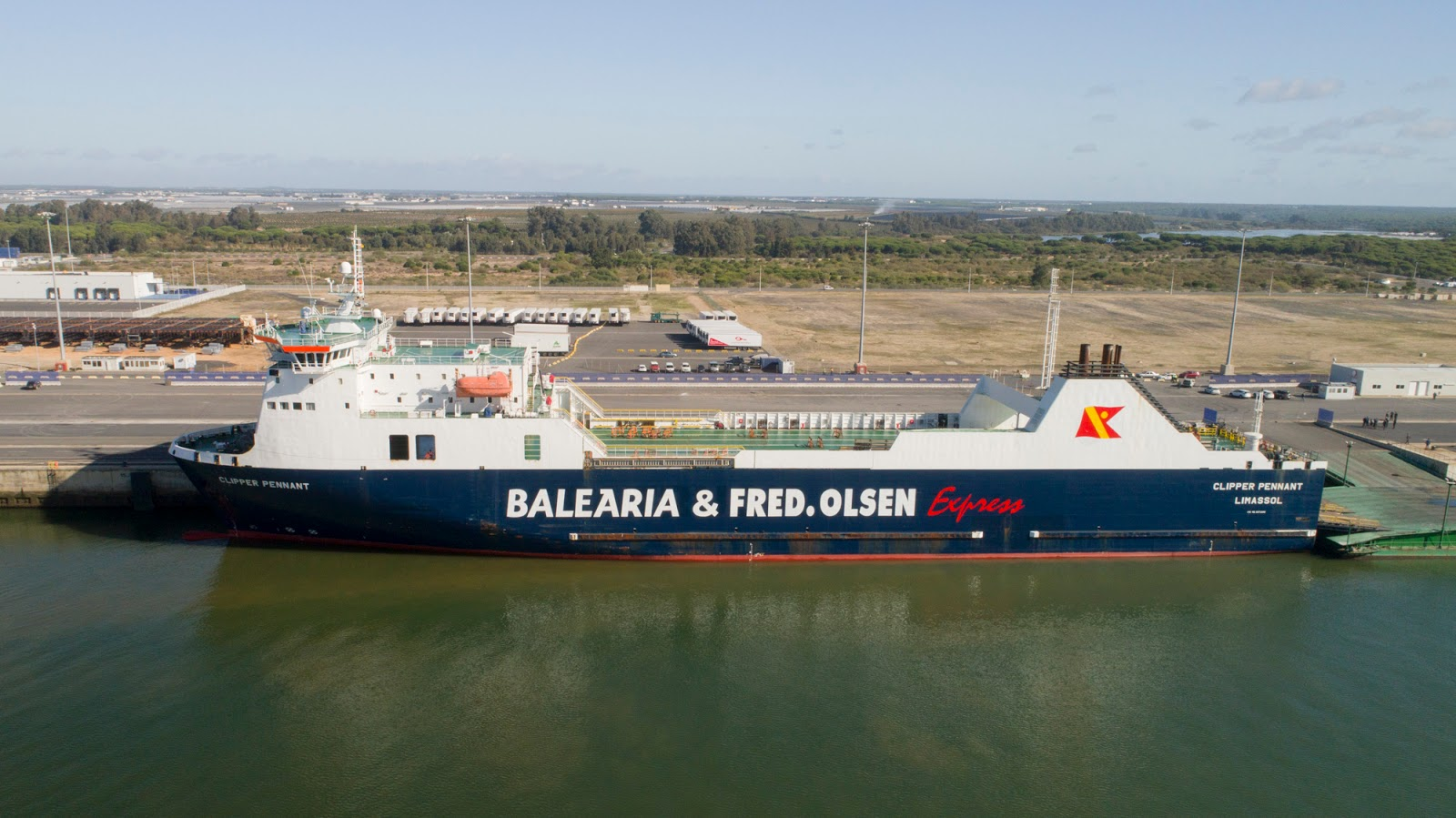 Ferrybalear bale ria y fred olsen express comienzan a for Oficinas fred olsen