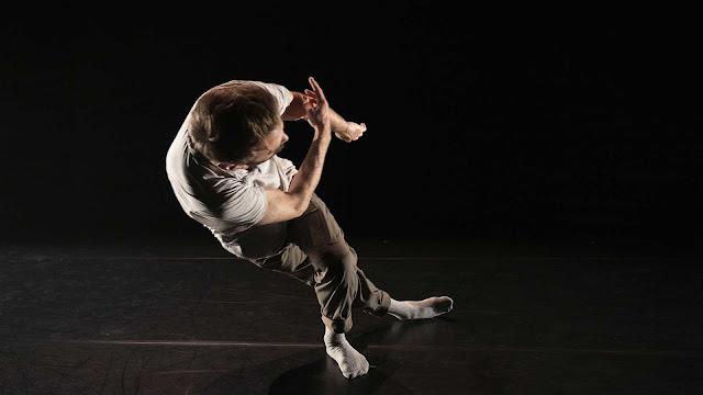 Bygones, danse contemporaine