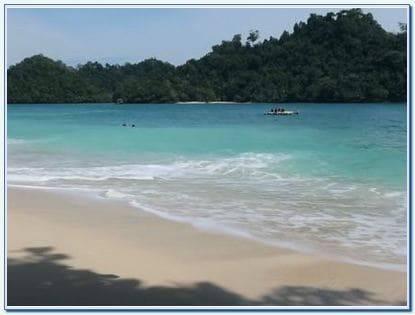 Harga tiket masuk pantai 3 warna di Malang