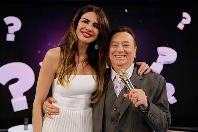 Luciana Gimenez com Raul Gil (Foto: Rodrigo Belentani/SBT)