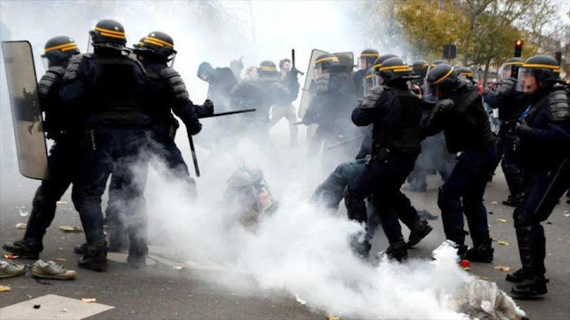 Policía reprime con gas lacrimógeno protestas raciales en Portland