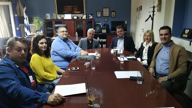 Συνάντηση εργασίας με τη Διοίκηση της Ένωσης Ξενοδόχων Ημαθίας είχε σήμερα στο γραφείο του, ο Αντιπεριφερειάρχης Ημαθίας Κώστας Καλαϊτζίδης