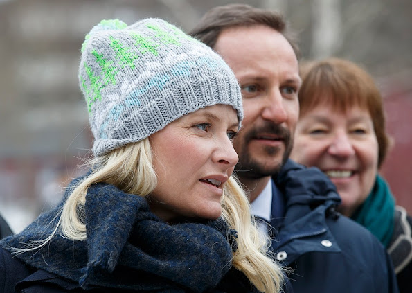 Crown Prince Haakon and Crown Princess Mette-Marit of Norway visits the Furuset in Alna, Oslo. The Couple opens a new library and activity center for young people.