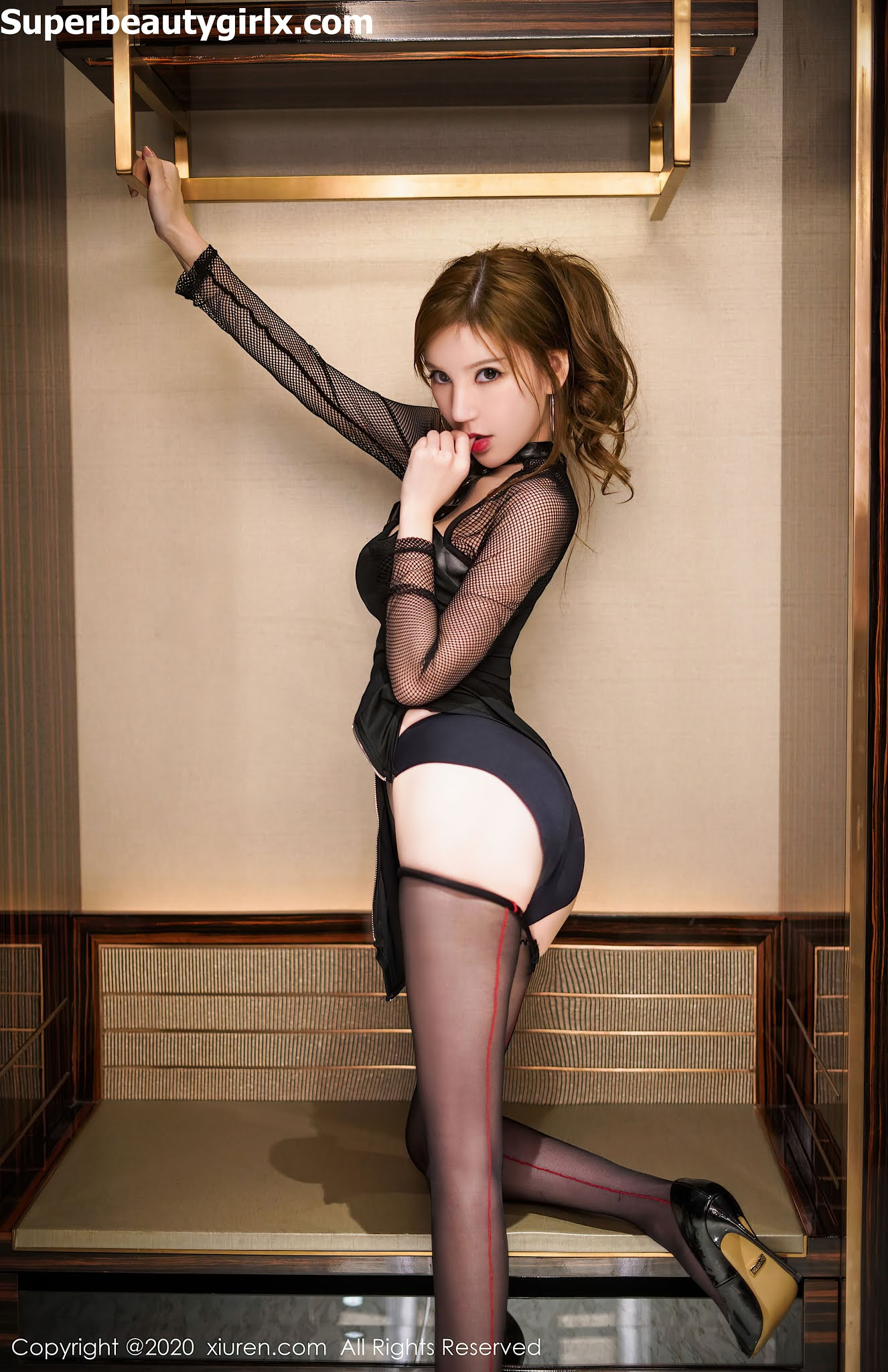 XIUREN-No.2858-Zhou-Yuxi-Sandy-Superbeautygirlx.com